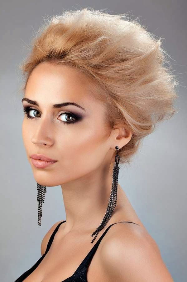 short haircut pictures 1000 ideas about hairstyles for faces on 1295 | 1a30c1e7f8570d504c2b3f8f1295a749