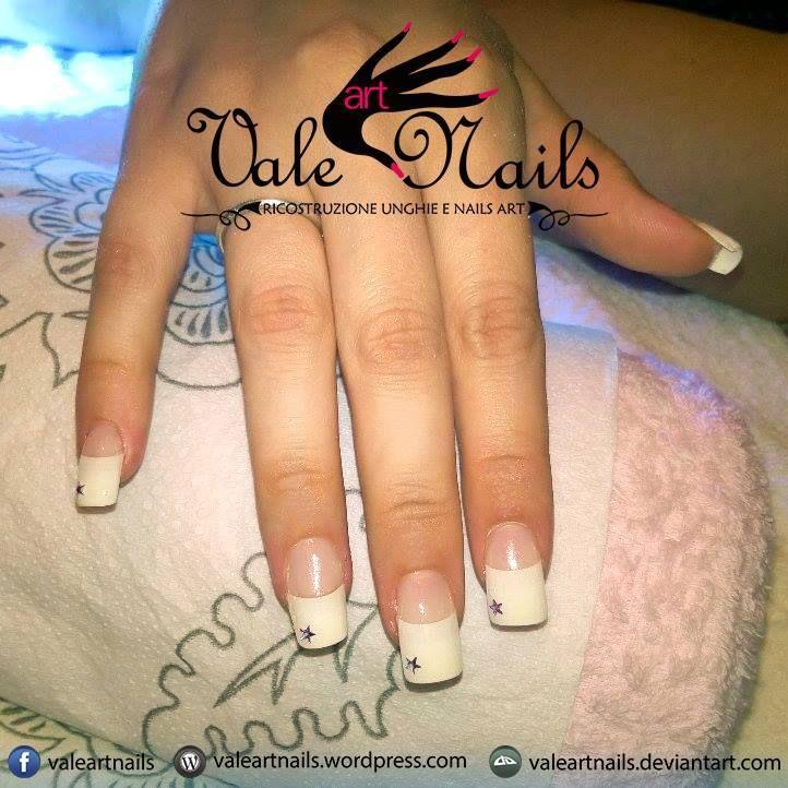 #valeartnails #rovigo #nails #nail #fashion #style #french #whitefrench #trend #cute #beauty #beautiful #instagood #pretty #girl #girls #stylish #sparkles #styles #gliter #nailart #art #photooftheday #nailpolish #nailswag #star