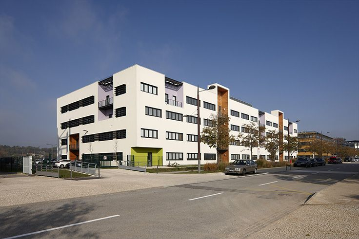 Immeuble de bureaux Valvert - Valence (26) Architectes : Xanadu Architectes & Urbanistes Lyon (69) Entreprise : Amalgame - Brindas (69)  Photo : Gilles Aymard Solutions WICONA utilisées : Fenêtres R'PURE 65 mm Droits Réservés WICONA