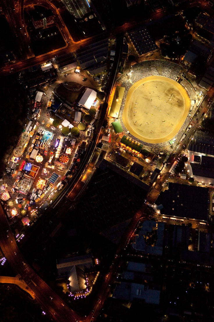 Ekka lights up the #Brisbane by night, Check out this photo!