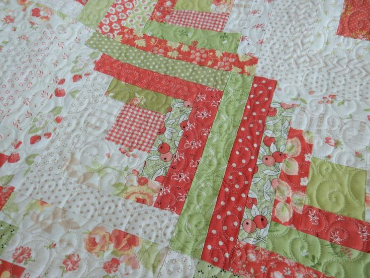 11 Favorite Christmas Quilts to Make & Love