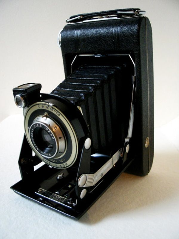 17 best images about Old School Cameras on Pinterest | Gift basket ...