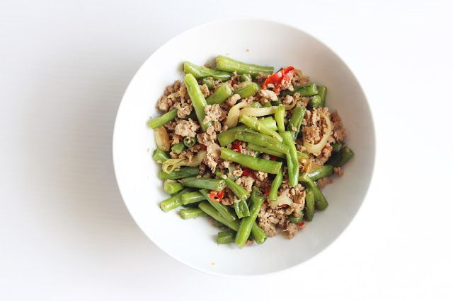 Family Meal Recipes - Green Beans and Ground Beef Stir Fry - www.lifeatarcilland.com