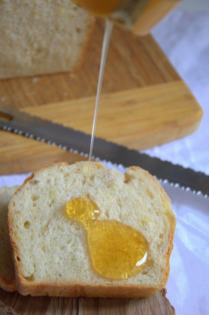 Pan perfecto para el desayuno, tierno, esponjoso y lleno de sabor.