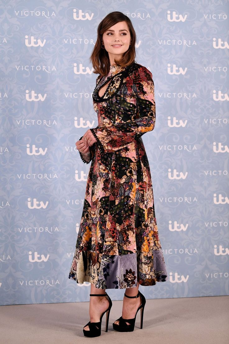 Jenna Coleman at the Victoria II Premiere. August 24, 2017.