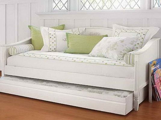 The best designs of daybed with trundle from Ikea : The White Green Daybed With Trundle Ikea With Pull Out Bed And Wooden Floors