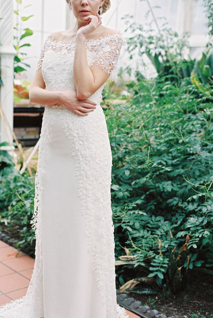 wedding dress, lace, pretty, classic, lace cap sleeve, chanticleer bridal, bridal, inspiration, bowtie and belle photography, www.bowtieandbellephotography.co.uk