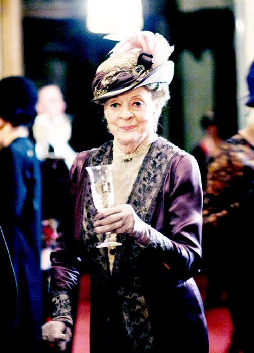 Maggie Smith as Violet Crawley - Downton Abbey6, the final episode ..