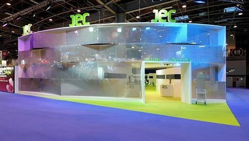 Metal AIR-board creates a unique metal aluminum look to this gorgeous exhibition stand!