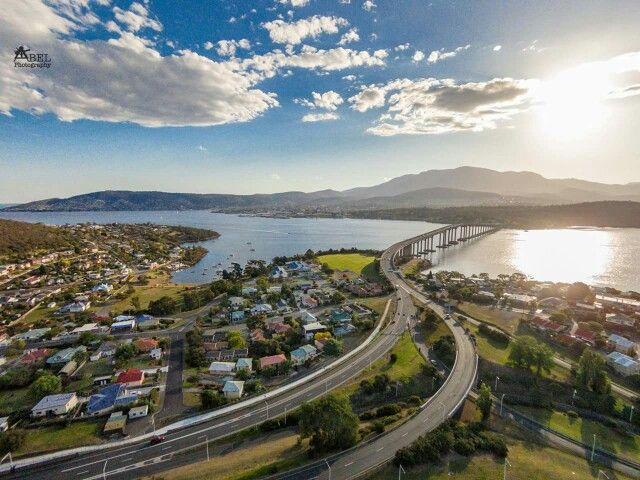 Hobart; by Martin Lowe