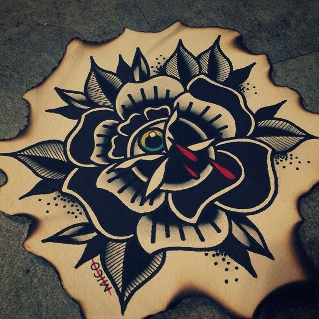 black rose eye Más