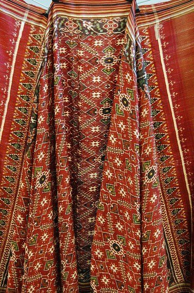 1247: A double ikat patola, Gujarat, 19th century, wove :