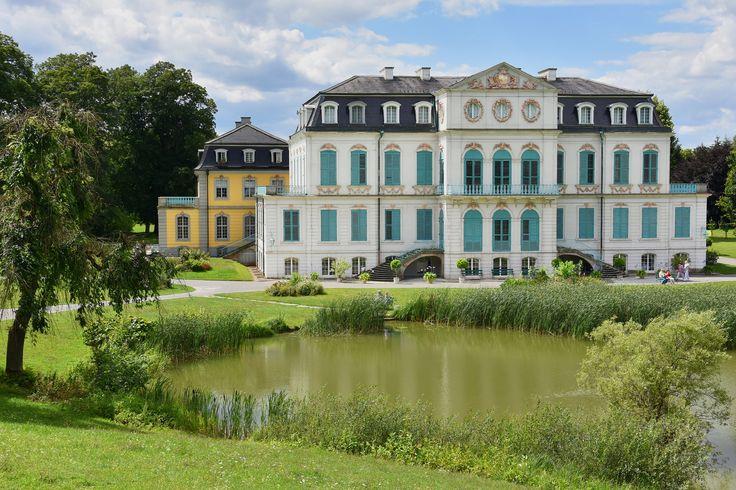 Schloss Wilhelmsthal mit Schlossteich | Schloss Wilhelmsthal - Calden / Kassel