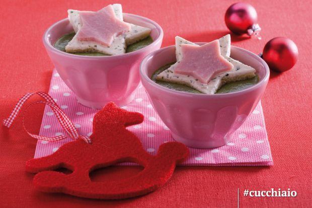 Crema di spinaci con stellina di formaggio e prosciutto #Natale #Christmas