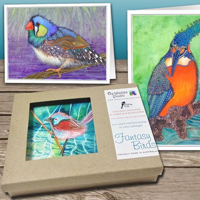 You won't see these birds in your garden! These delightfully decorative and colourful birds come as a set of 8 cards presented in a beautiful craft gift box.