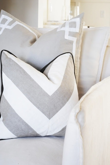 Geometric scatter cushions