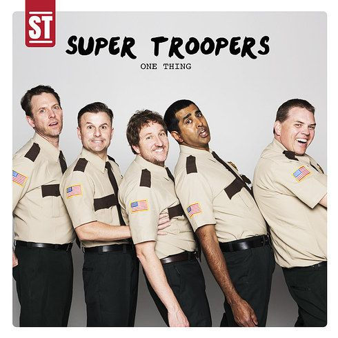 "The Cast Of ""Super Troopers"" Recreates Iconic One Direction Moments"