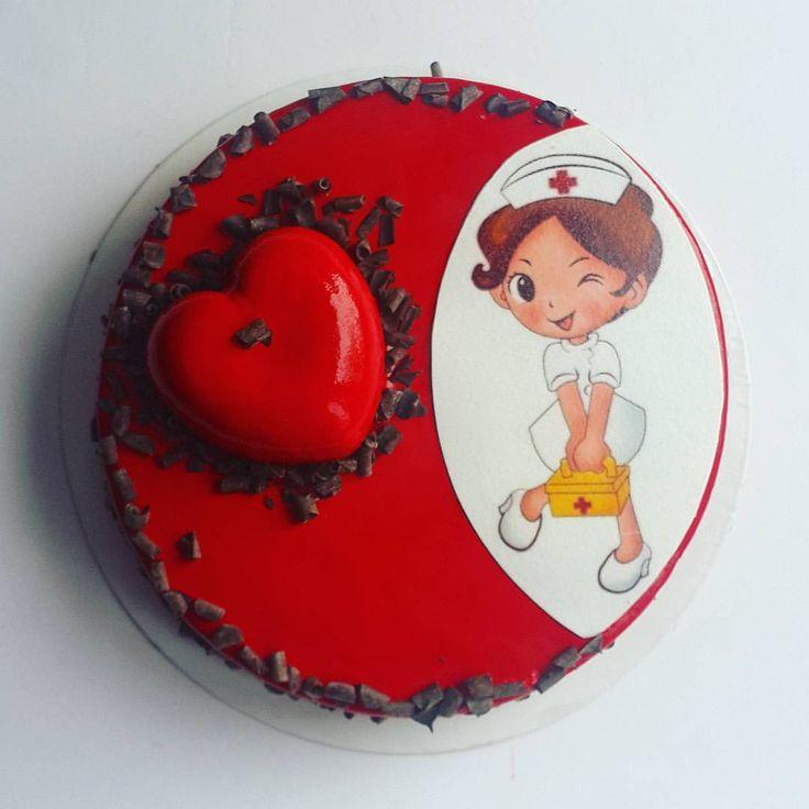 """126 отметок «Нравится», 20 комментариев — 🍰 SUPER ТОРТ НА ЗАКАЗ СПБ (@olgashmuhrileva) в Instagram: «Когда этот тортик заказывали, написали """"Главное, чтобы была медсестра!"""" Мне хотелось чтобы она была…»"""