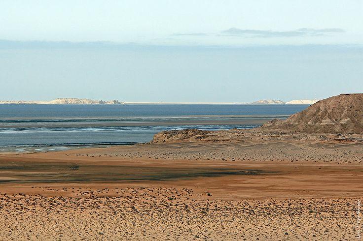 Dakhla Bay, near Dakhla. ◆Western Sahara - Wikipedia https://en.wikipedia.org/wiki/Western_Sahara #Western_Sahara