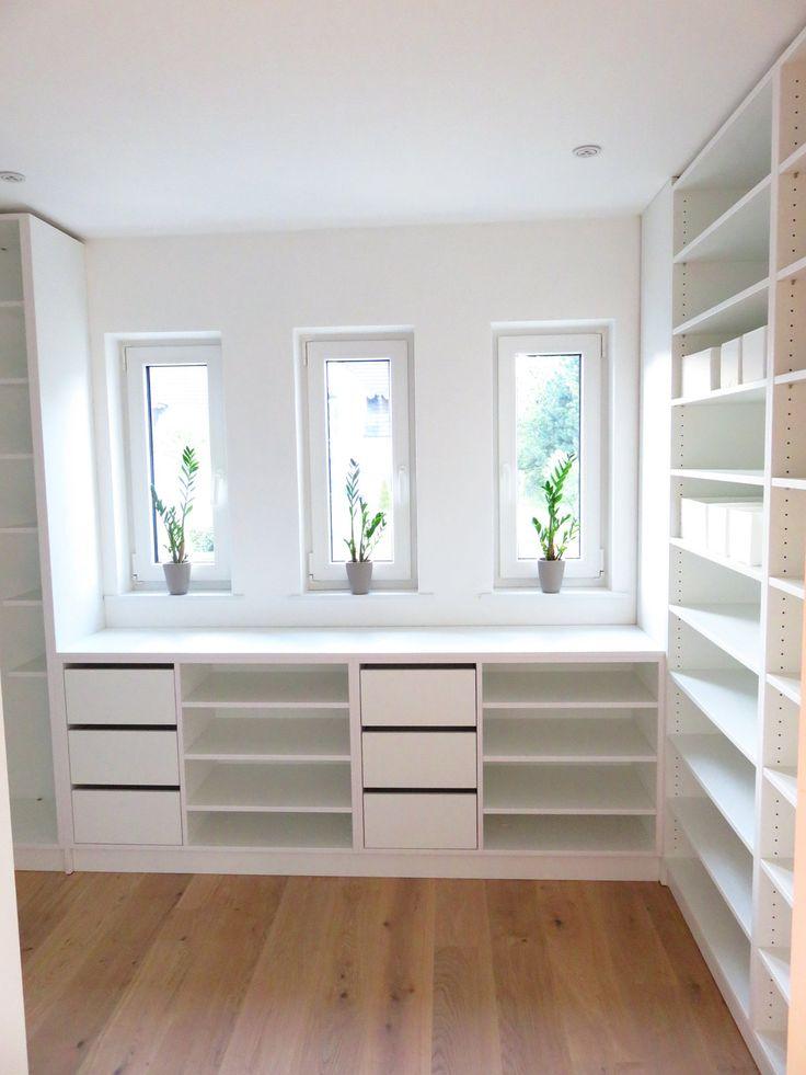 sie wartet schon ankleide sch nen abend und bereit. Black Bedroom Furniture Sets. Home Design Ideas