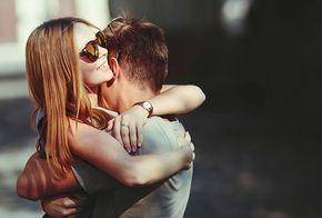 E se alguém te dissesse que o seu futuro amoroso depende apenas de um questionário? É essa a ideia popularizada pelo psicólogo nova-iorquino Arthur Aron e que já juntou, comprovadamente, dois casais. Faça o teste!