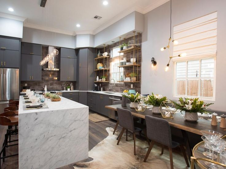 Today show host Hoda Kotb judges the brothers' makeovers of their New Orleans shotgun house kitchens for the second challenge in the Brothers Take New Orleans competition. See how Drew and Jonathan channeled classic New Orleans character into the most important rooms of their homes.