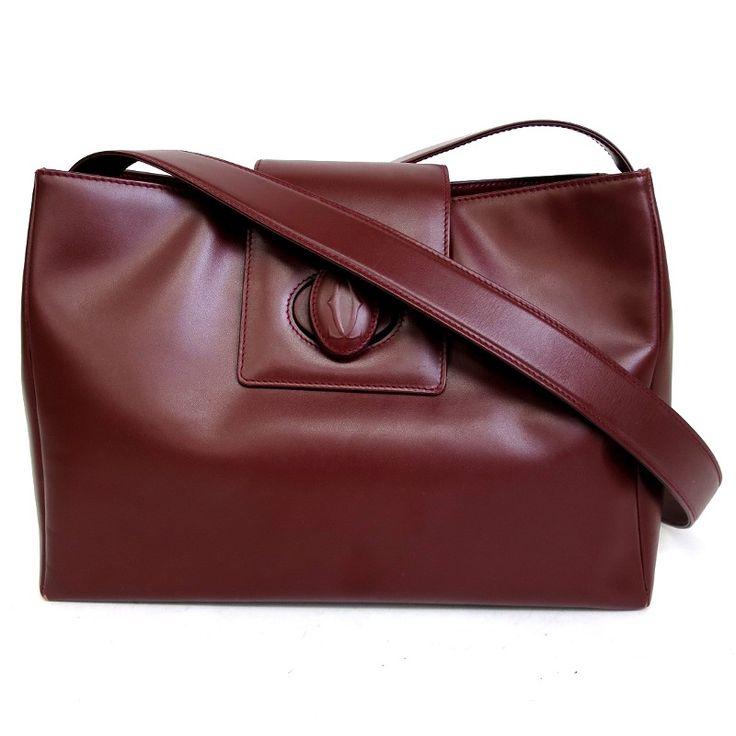 【中古】Cartier(カルティエ) マストライン ショルダーバッグ カーフ レザー ボルドー 赤茶 ゴールド金具/高級感を引き立て深みのある落ち着いたボルドーカラーはあらゆる服装やシーンに合わせやすいお色です。/新品同様・極美品・美品の中古ブランドバッグを格安で提供いたします。