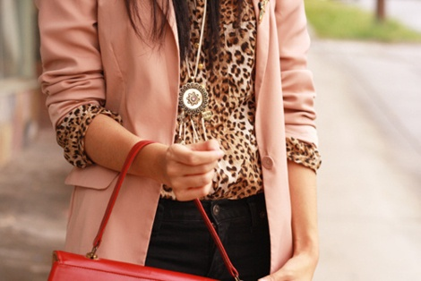 Leopard and pinkLight Pink Blazers, Blouses, Fashion, Blushes Pink, Style, Pale Pink, Pink Leopards, Leopards Prints, Animal Prints