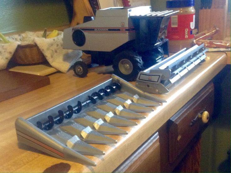Rare Allis Charmers Gleaner R62 ERTL Combine 1:16  With 2 Headers Corn/Grain    eBay