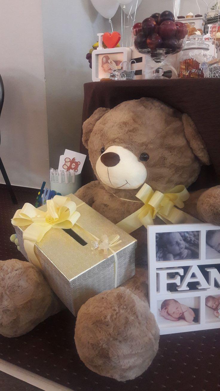 Money box ideas. Bear quotes. Bear  prints. Baby photos. Bears decorations. Bear theme. Baby boy. Alina Ariton event planner.
