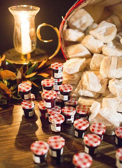 biscuit + jam favors for the next morning! | Melissa Schollert #wedding