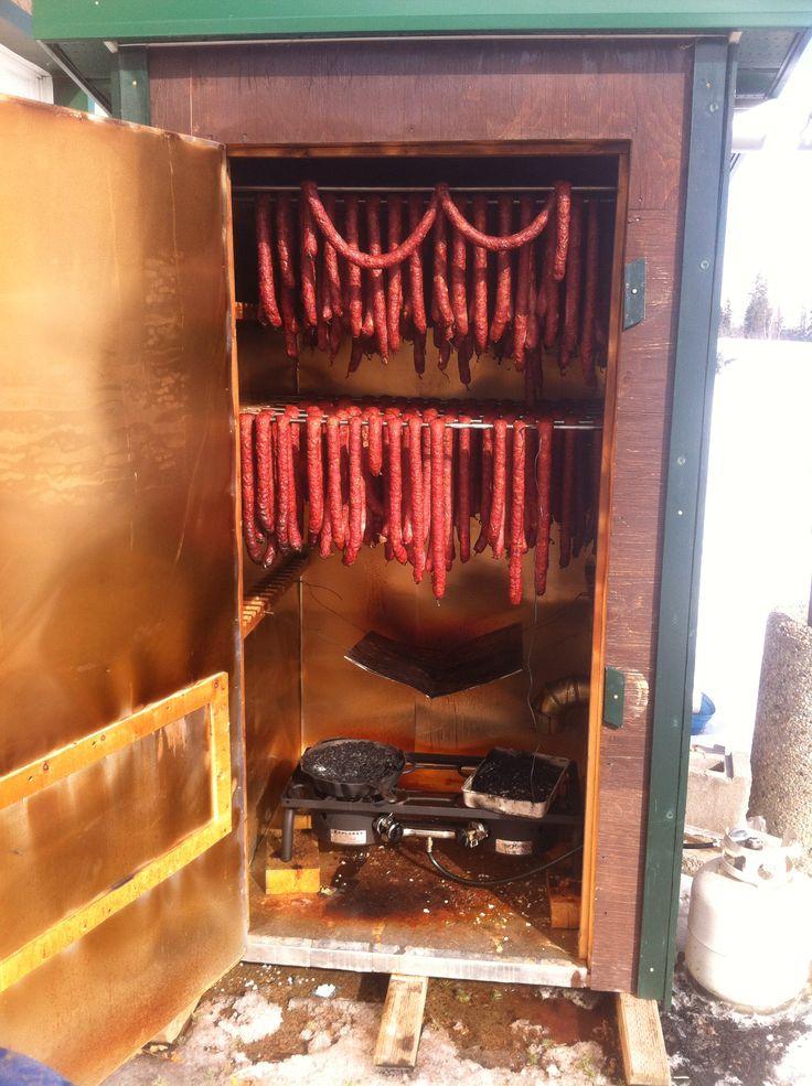 Makin sausage