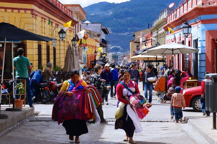 This travel guide has recommendations, information, prices, and directions on how to get to all the best things do to in San Cristobal de las Casas Mexico.