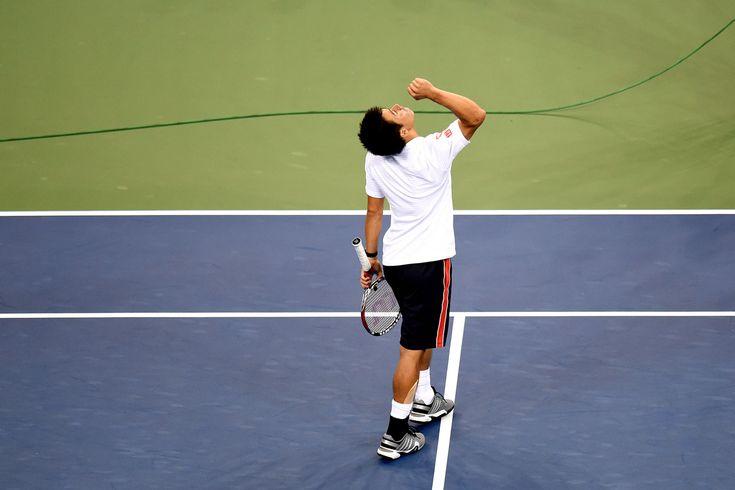 PHOTOS: Men's Quarterfinal: Wawrinka vs. Nishikori