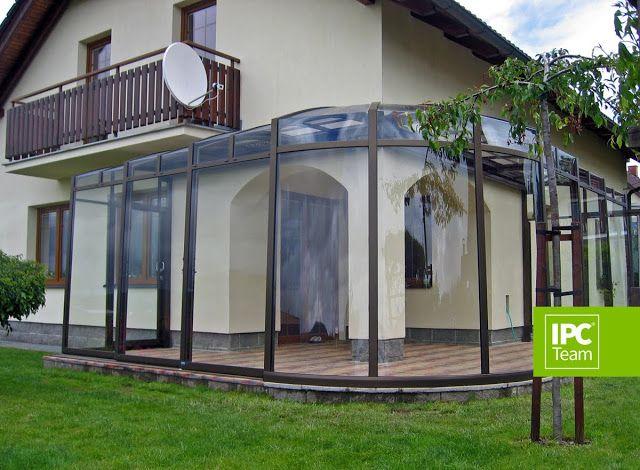 Corner patio enclosure
