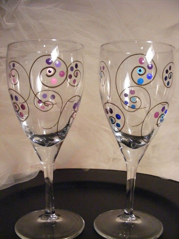 Painted wine glasses with polka dots and swirls and black Images of painted wine glasses