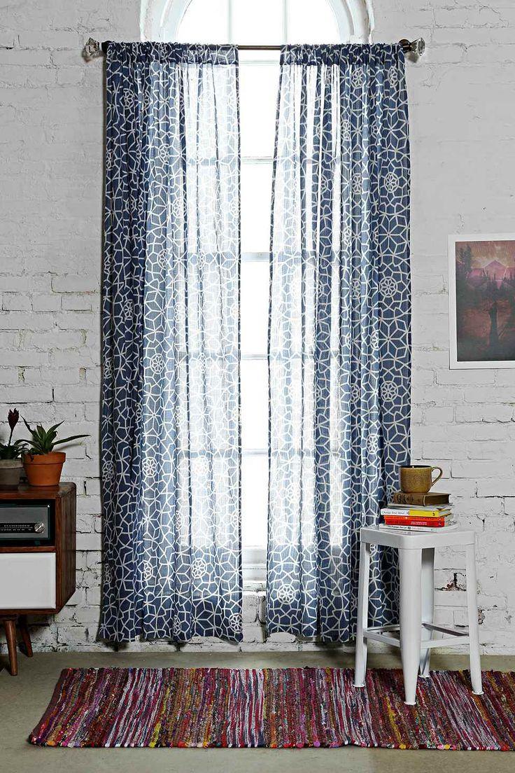 les 25 meilleures id es de la cat gorie rideau de douche bleu marine sur pinterest salles de. Black Bedroom Furniture Sets. Home Design Ideas