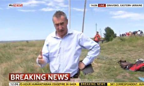 Um mea culpa e um relato impressionante de um momento de horror: MH17: my error of judgment, by Sky News reporter