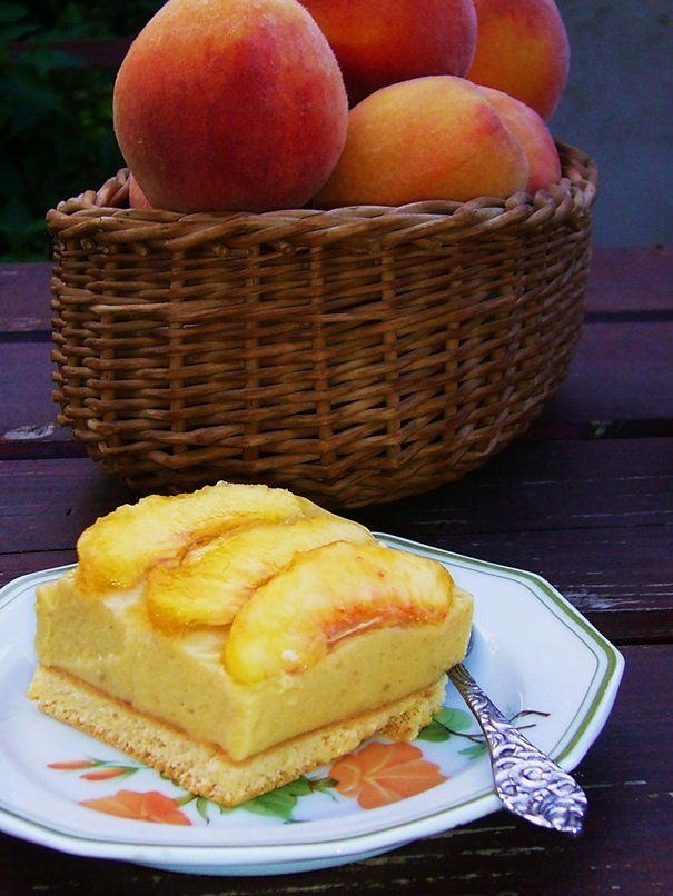 sunny peachy