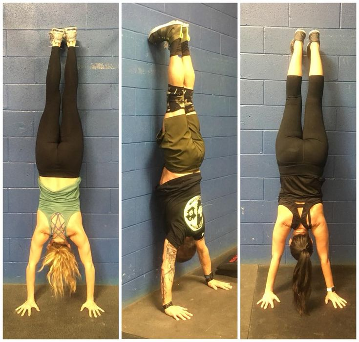No your screen isn't upside down! It's just some of our WCF Skillz athletes mastering their handstands! 🤸🏼♀️🤸🏻♂️  You never know what you can do until you TRY!  Skillz with Coach Jaleesa! 🙌🏻 Wednesday 7pm Saturday 10am  #LearnHowToDoCoolShit #PartyTricks #SkillzOnSkillz #WCF #WindsorCrossFit #WindsorOntario #YQG #LiveYourFitness #SMPostOfTheWeek