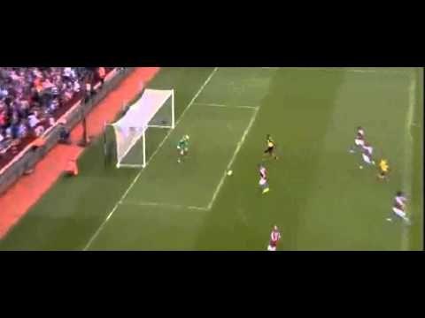 Les Gunners ont les crocs : Aston Villa 0-3 Arsenal (vidéo) - http://www.actusports.fr/118889/les-gunners-les-crocs-aston-villa-0-3-arsenal-video/