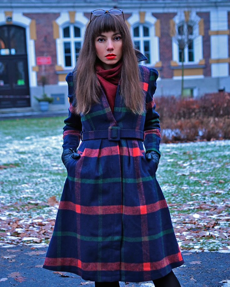 plaid wool coat and green leather skirt: https://jointyicroissanty.blogspot.com/2016/12/plaid-wool-coat.html  #fashion #streetstyle #ootd #fashionblogger #outfit