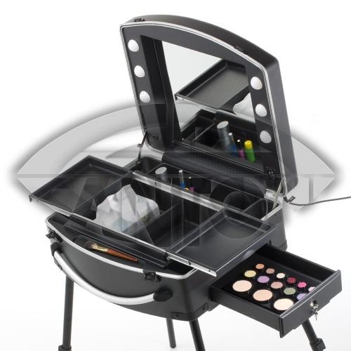 17 meilleures id es propos de valise maquillage sur. Black Bedroom Furniture Sets. Home Design Ideas