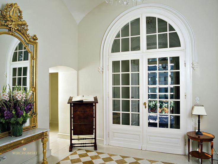 Ekskluzywne drzwi. Luksusowe meble. Exclusive door. Luxury furniture.