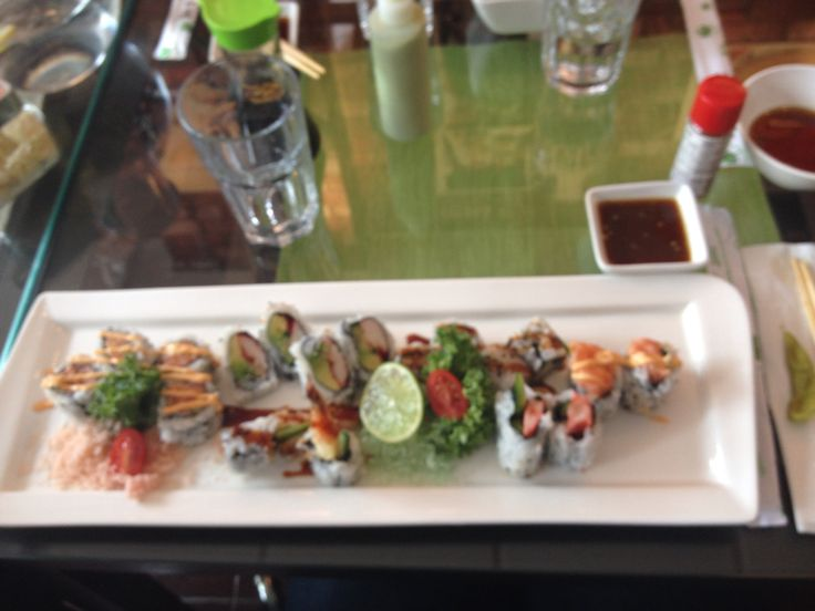 Sushi combo @ Etsu on Baldwin St. - such a good place for Japanese food.