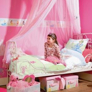 23 best images about d co disney princess on pinterest little mermaid ariel belle and disney for Chambre princesse disney