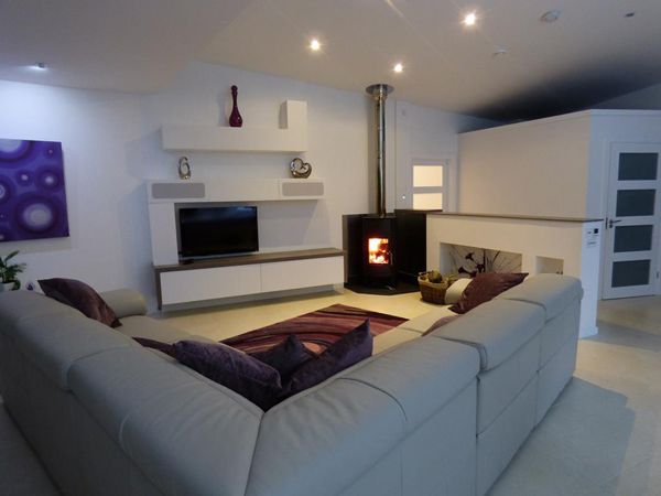 The Woodfire Firo boiler stove is a highly efficient, contemporary freestanding stove which gives you a stylish and efficient way to heat your home with wood.  The Firo boiler stove is suitable for new builds, as well going into existing buildings, as it can take the combustion air directly from  the outside.   www.Stovesonline.co.uk