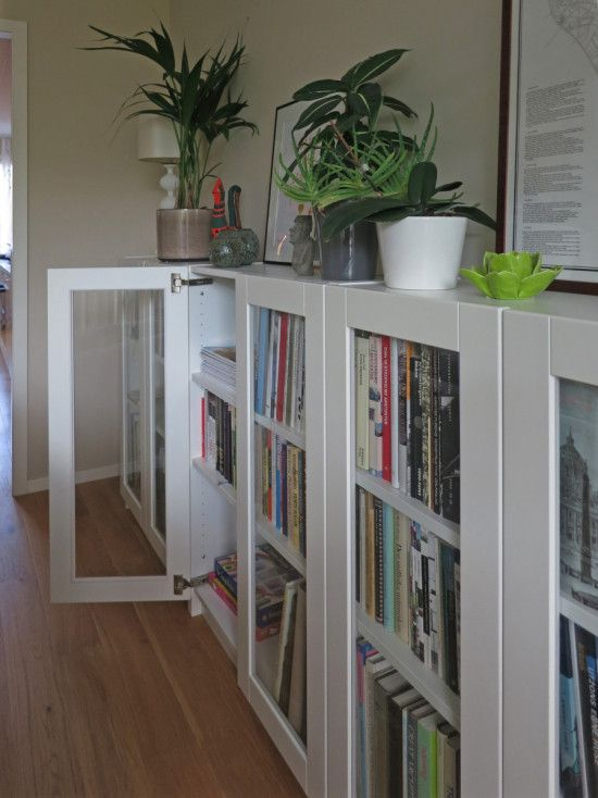 BILLY bookcases with GRYTNÄS glass doors