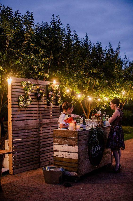 Wood palette wedding bar / http://www.himisspuff.com/rustic-wood-pallet-wedding-ideas/10/