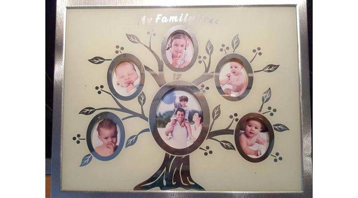 Tedd bele a kedvenc családi fotóidat és lepd meg vele a szüleidet karácsony alkalmából!  https://www.ajandekaruhaz.eu/garazsvasar-266/csaladfa-fenykeptarto-2174
